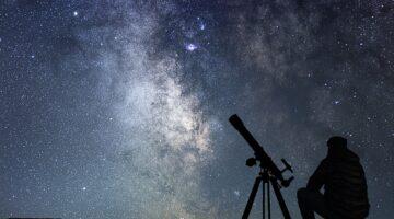 Reflecting vs Refracting Telescopes