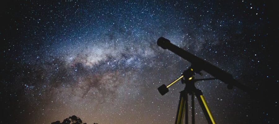 refracting telescope